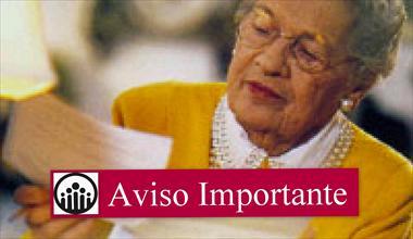 aviso-importante-medicina-prepaga-aumentos-anciana-mirando-factura