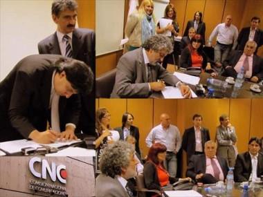 firma-convenio-cnc-asociaciones-defensa-consumidor-apoderado